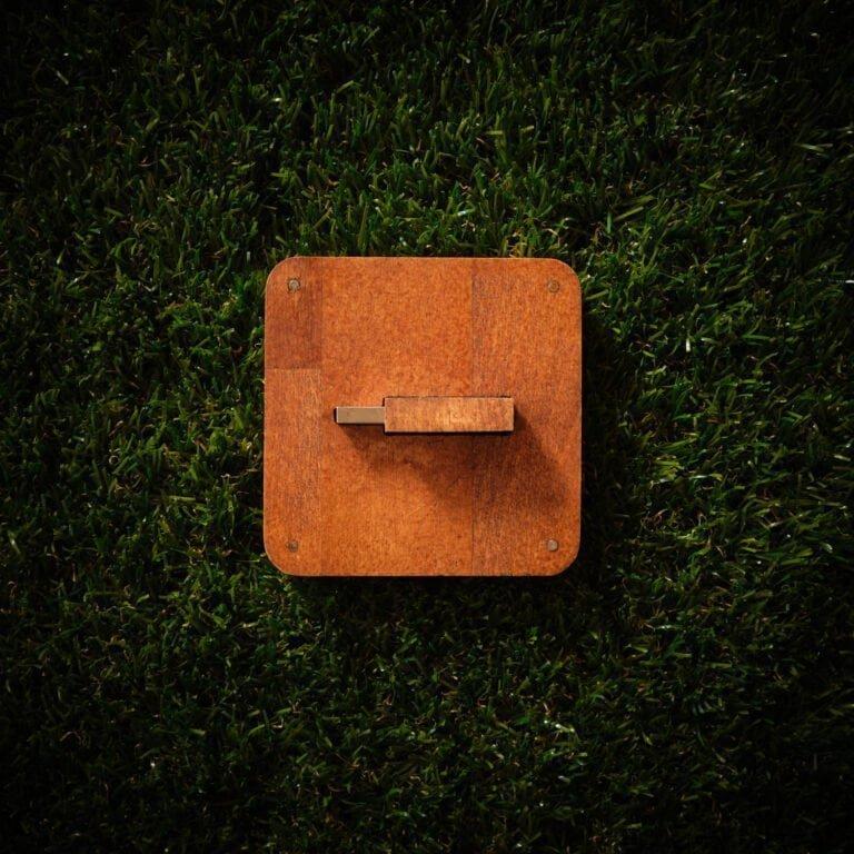 Cutie stick personalizat din lemn C1